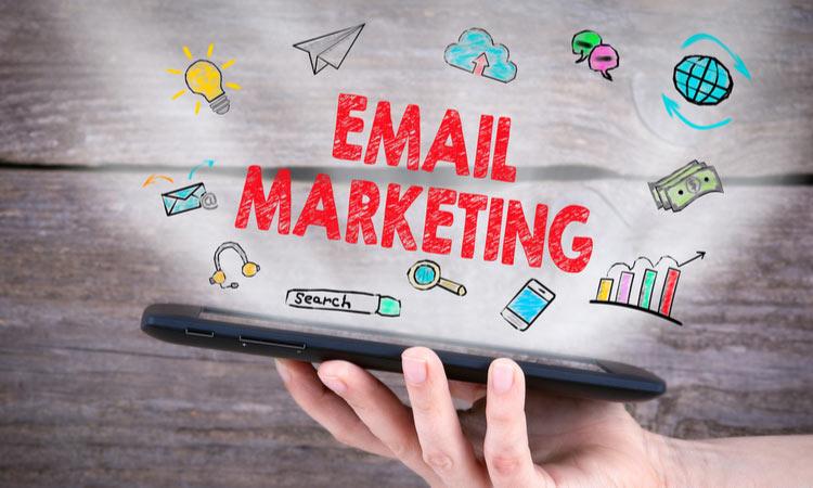 Ecommerce Holiday Email Marketing